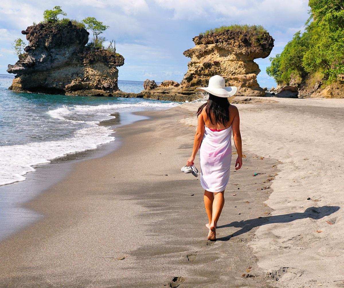 Anse Mamin Beach Walk